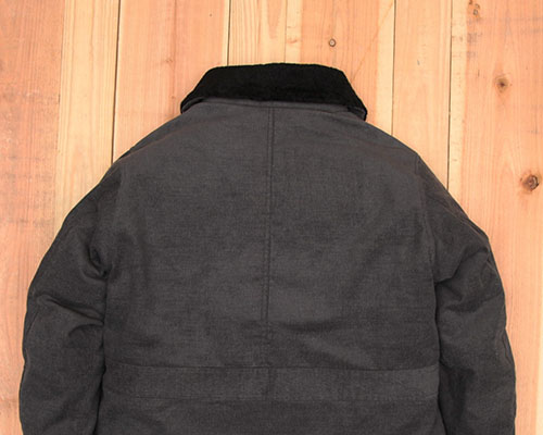 b16-j001_backstyle.jpg